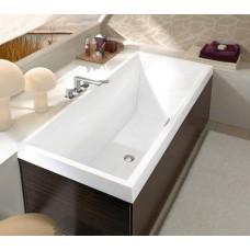 SQUARO ванна 180*80см в комплекте с ножками UBQ180SQR2V-01